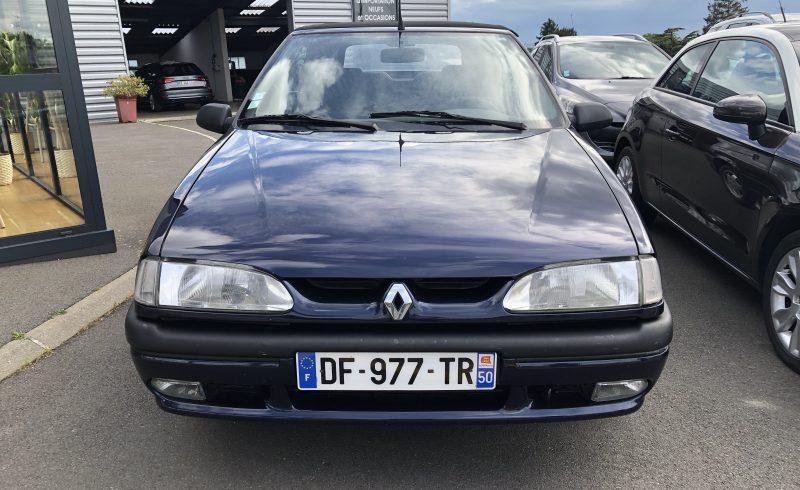 Renault 19 cabriolet Camargue manche